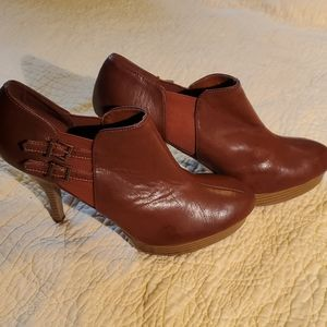 UNLISTED High Heeled Bootie Size 10